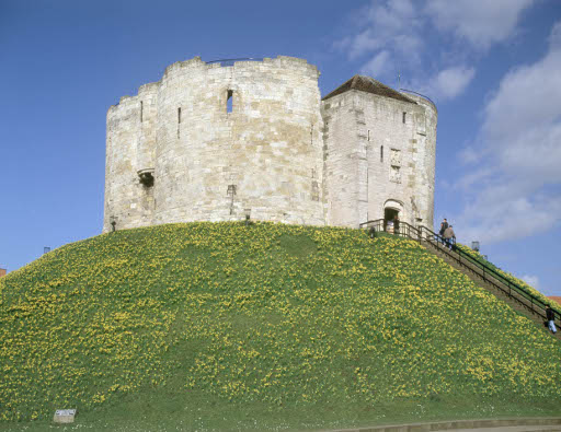 Exterior view of tower CLIFFORD'S TOWER YORK  K021735