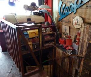 Scooter Caffe interior