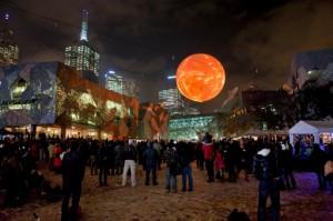 Solar Equation - Rafael Lozano-Hemmer - Light In Winter, Melbourne - Photo: Marcel Aucar