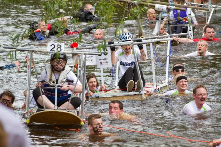 Great Knaresborough Bed Race 2014