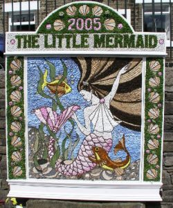 Curiosity of the Week - Well Dressing Hayfield, Derbyshire - Contrary Life