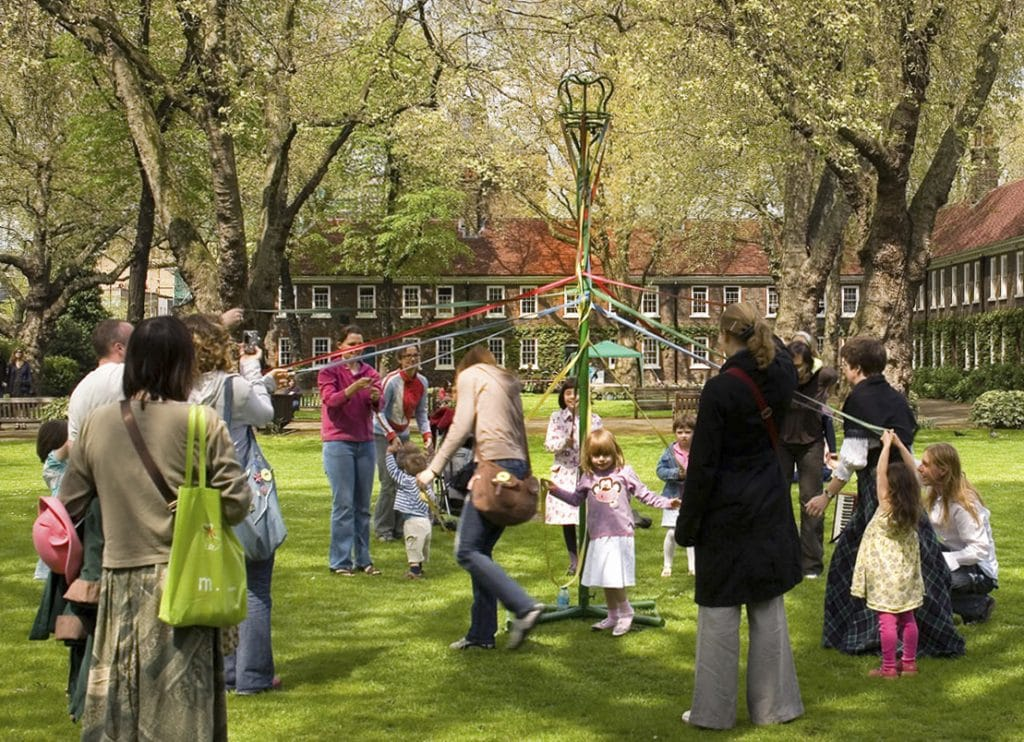 Geffrye Museum May Day