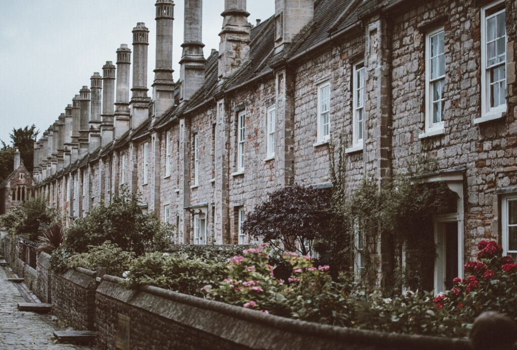 Vicars Close in Wells, image by Annie Spratt/Unsplash