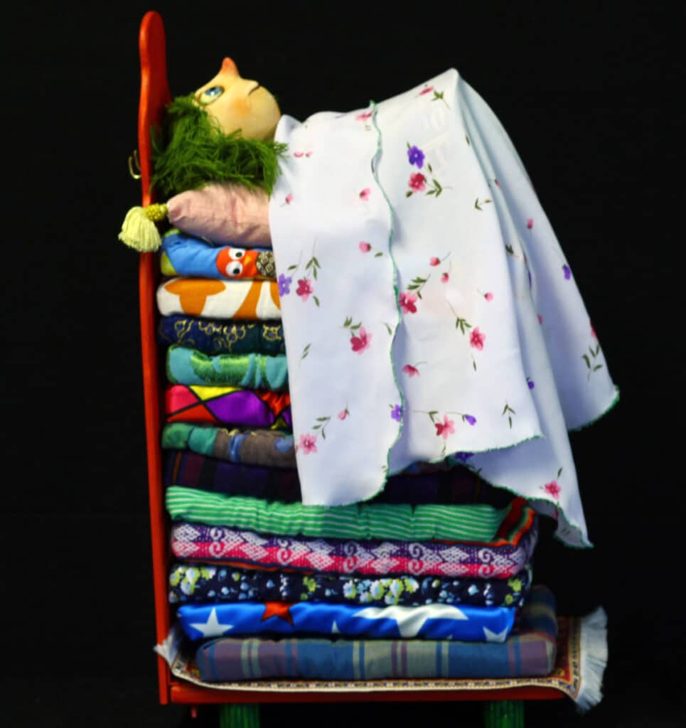 IF MK 2021, Theatre of Widdershins' Princess and the Pea, photo The company