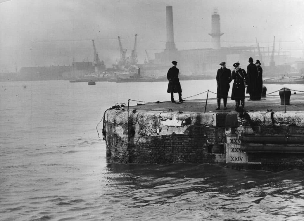 Totally Thames 2021 - The Islanders, Photo Newham Archives and Local Studies Library